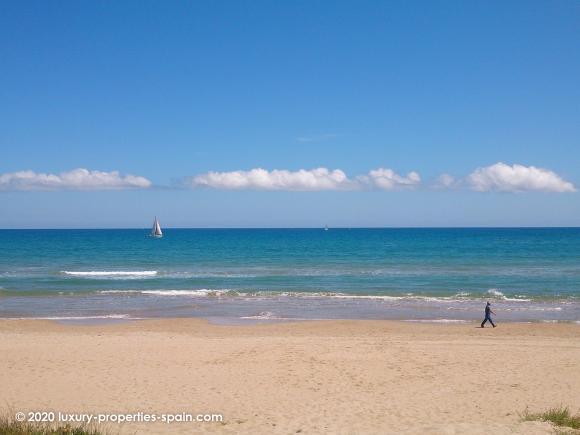Luxury Properties Spain - Costa Blanca - Denia - Deveses
