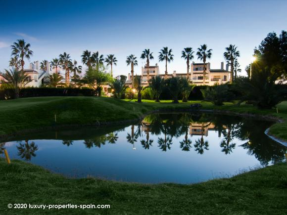 Luxury Properties Spain - Campo Villamartin Golf