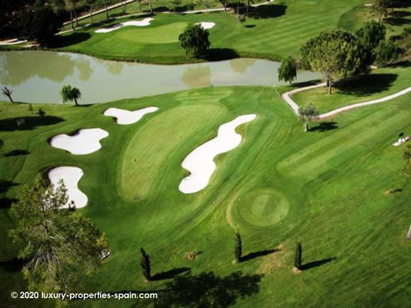Luxury Properties Spain - El Bosque Golf