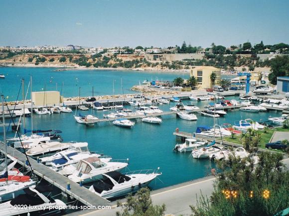 Luxury Properties Spain - Cabo Roig