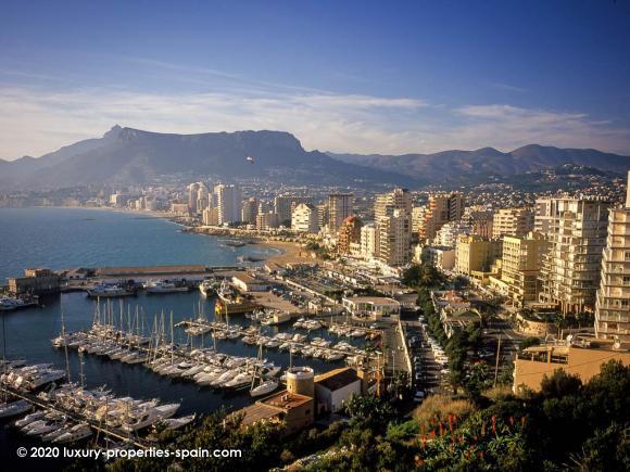 Luxury Properties Spain - Club Nautico Calpe
