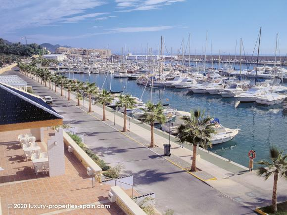 Luxury Properties Spain - Club Nautico Villajoyosa