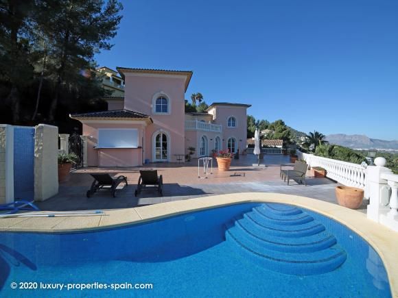 For sale  Luxury Villa in La Sella, Denia